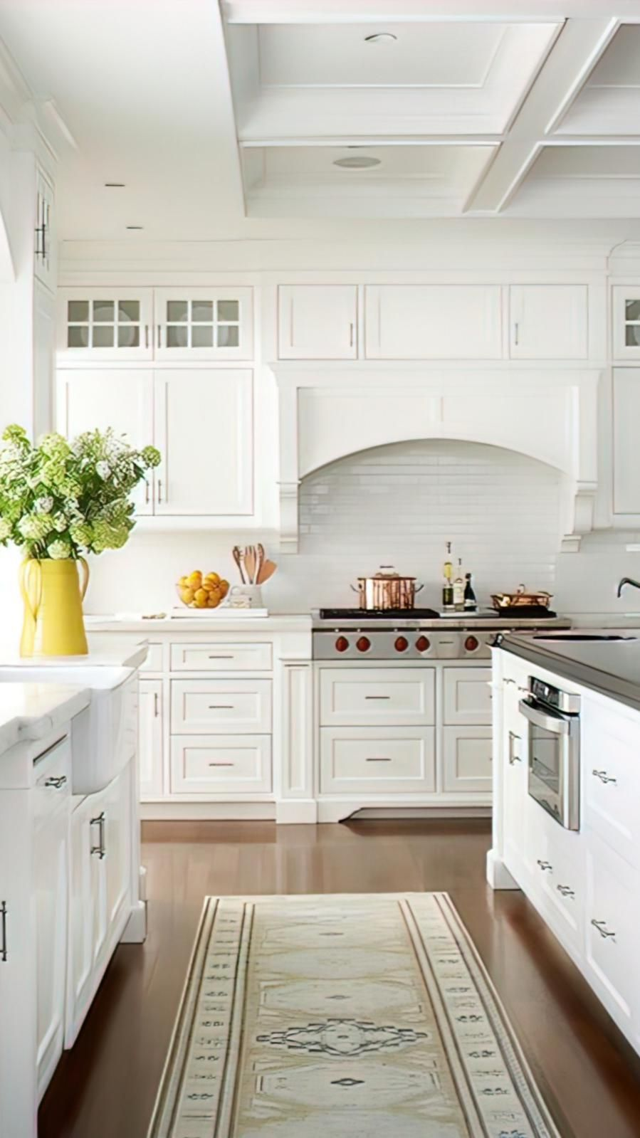 Envision your newly remodeled kitchen with the help of a salesperson at a Kunal Kitchens dealership