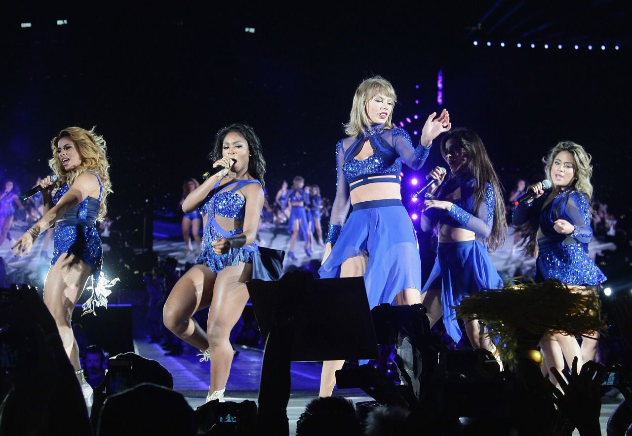 Taylor performing Worth It with special guests FIfth Harmony during the 1989 World Tour in Santa Clara night one! 8.14.15