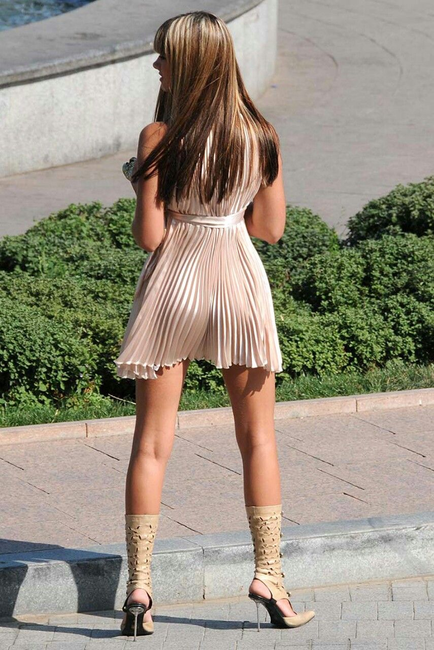 Pin by Cris Oya on Street Fashion   Fashion, Tight dresses
