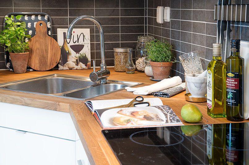 Kuchnia Ze Zlewem W Narożniku Kuchnie Wnętrze Kuchni