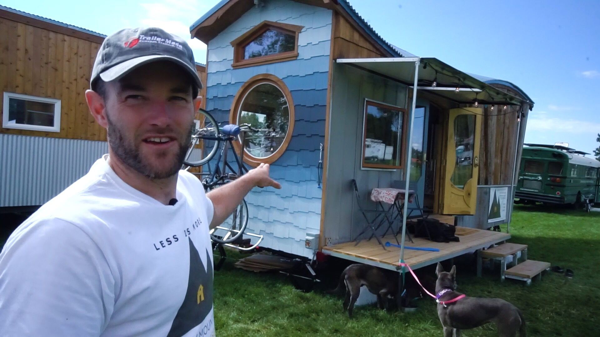 Greg And His Wife Stephanie Live In This Incredible Tiny Home Greg Owns Rocky Mountain Tiny Houses And When His Wife Said She Wouldn T Live In Hi With Images Diy Tiny
