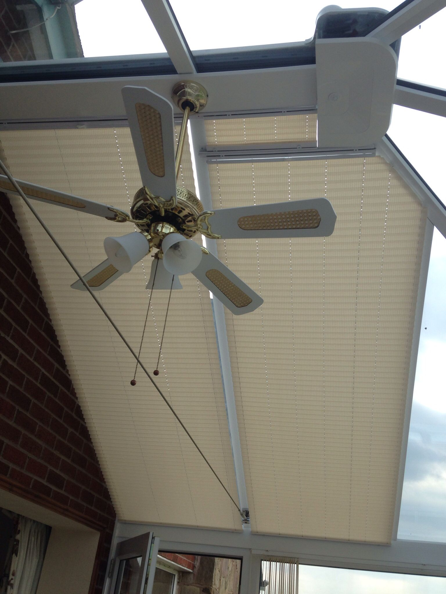 Pin By Mao Mao On Recent Work Conservatory Roof Blinds Conservatory Roof Electric Blinds