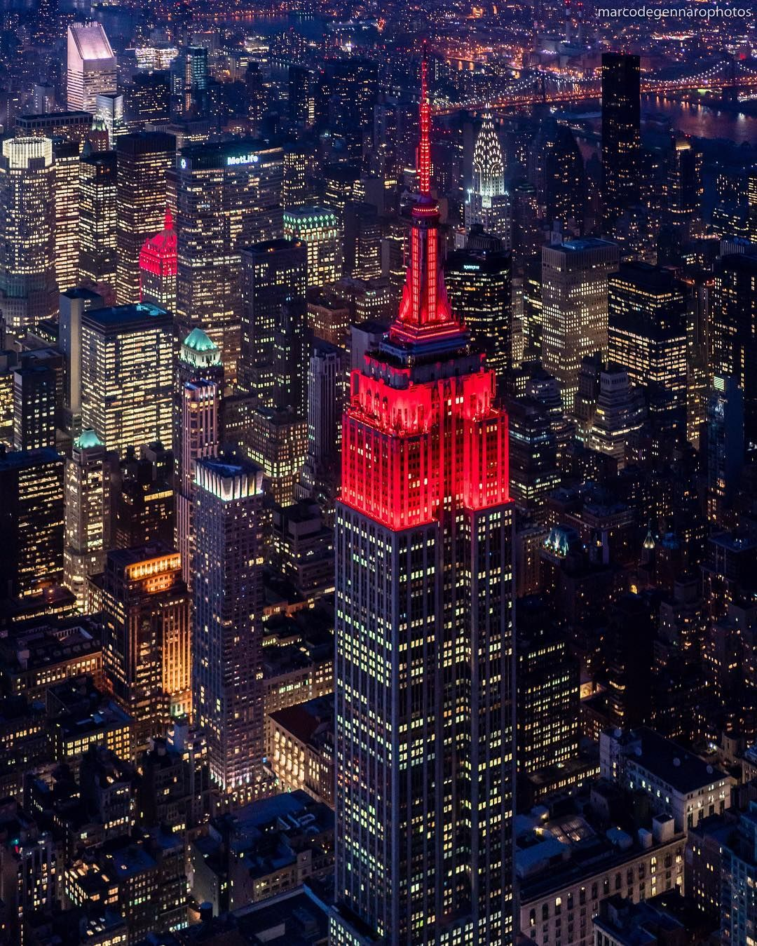 Red Lights For The 2020 Lunar New Year Year Of The Rat In 2020 Architecture Landmark Tower Light Nyc
