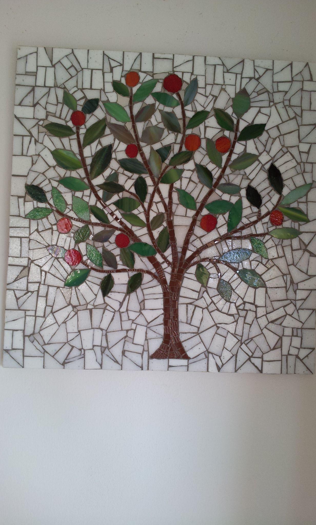 Arbre de vie mosaique mosaique pinterest arbre de for Comment coller de la mosaique