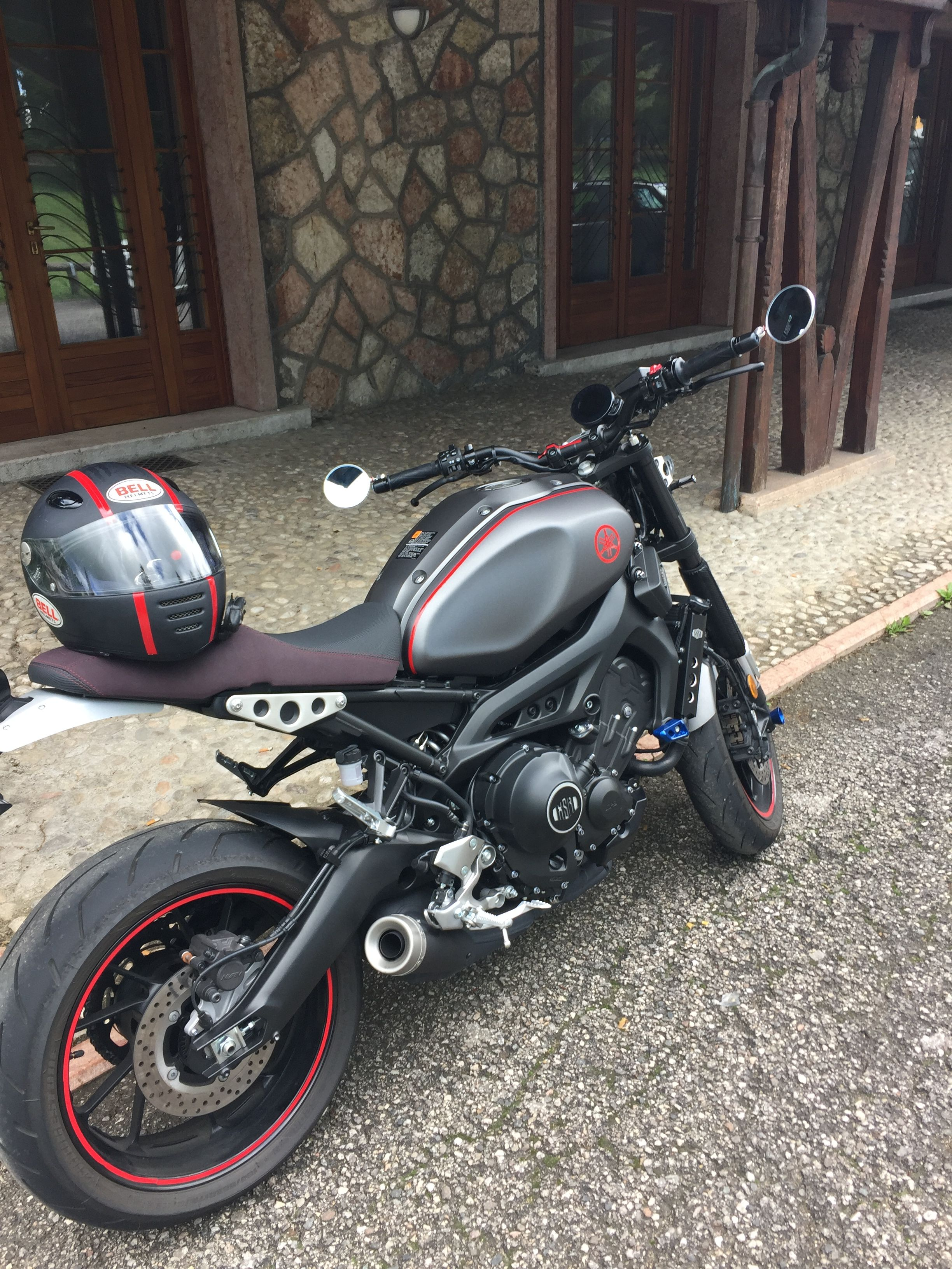 Xsr 900 Cafe Racer Yamaha Cafe Racer Yamaha Bikes Motorcycle Bike