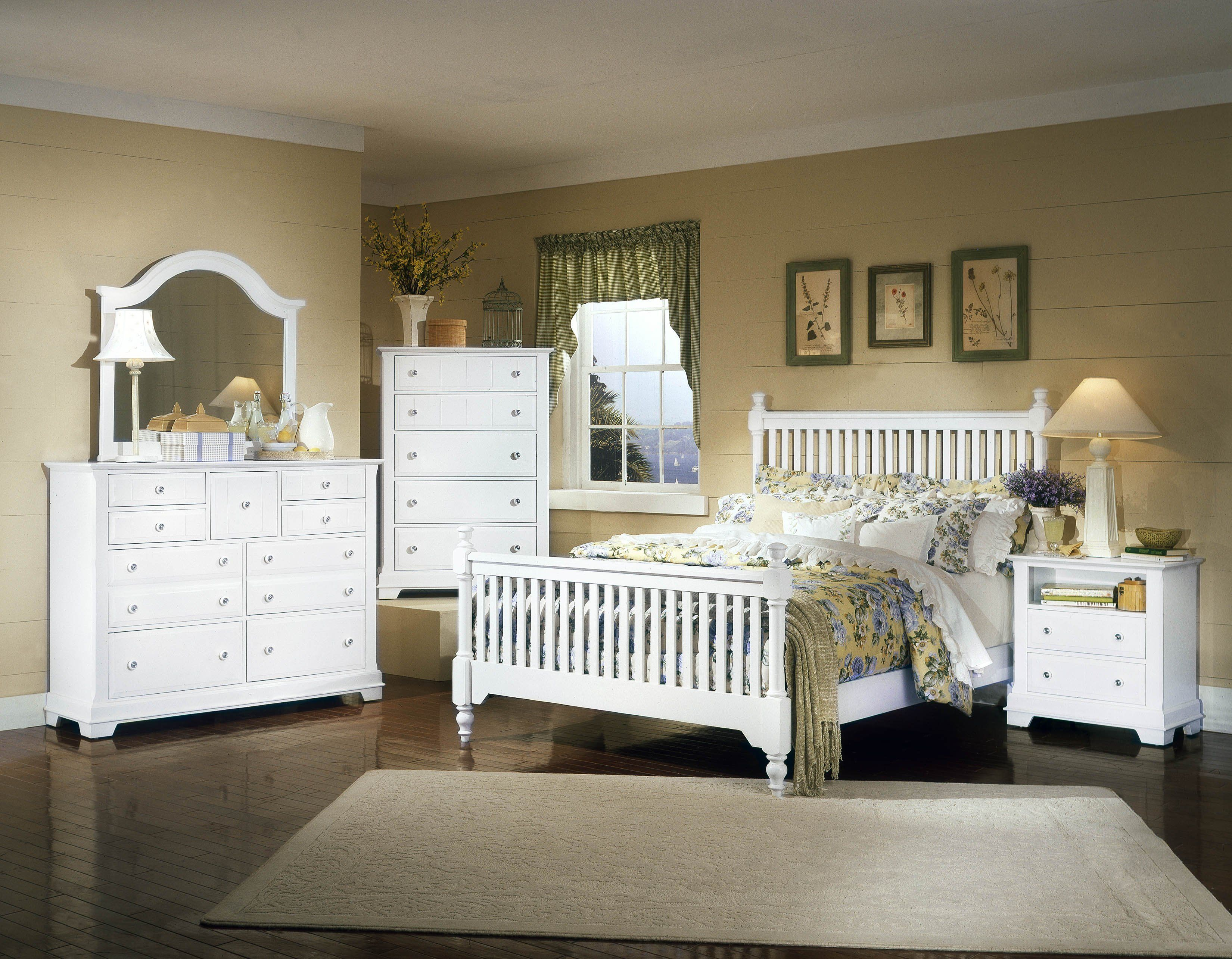 All American Cottage Collection Slat Poster Bedroom Set F In Snow White Distressed White Bedroom Furniture Bedroom Sets Furniture Queen Cheap Bedroom Furniture