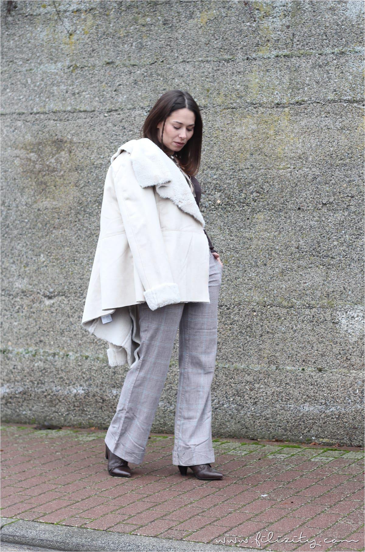 Karo-Hosen sind altbacken? Von wegen! Mit diesem casual Herbst-Outfit beweise ich euch das Gegenteil. #filizity #herbst #look #style #outfit #karo #hose #fakefur #fur