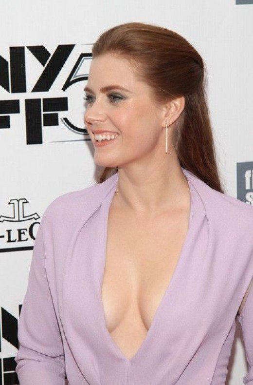 Amy Adams Hot Style In Gorgeous Fashion And High Heels Actress