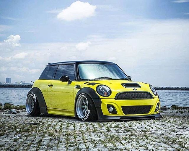 Puya Wheels On Instagram Can T Stop Staring At This Mini Great Work By Premierautowerkz In Indonesia Lb Mini Cooper Mini Cooper Custom Mini Cooper Classic