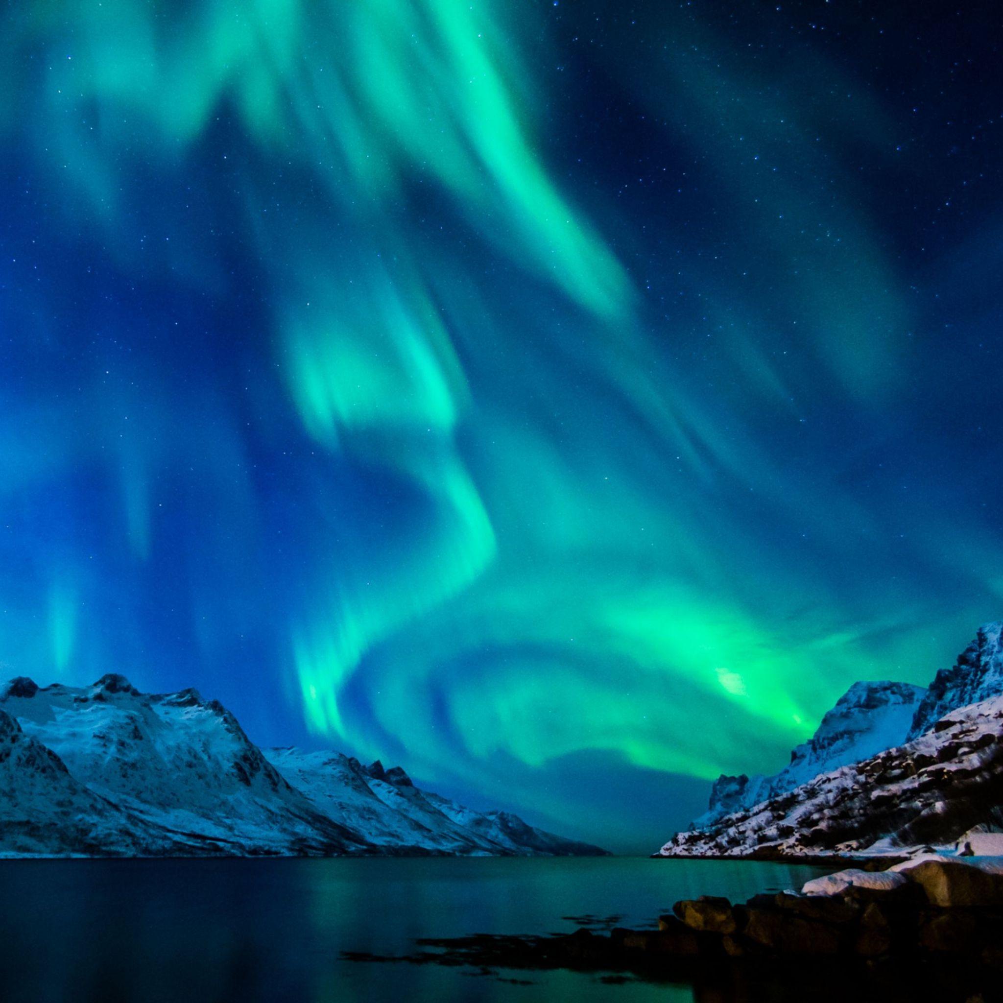 Aurora Star Sky Snow Mountain Winter Nature iPad Air