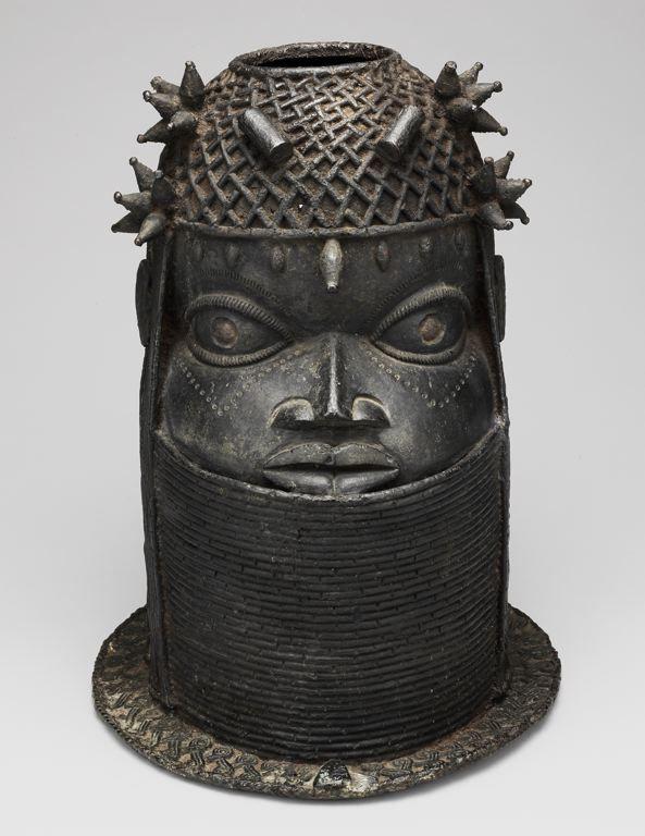 Edo, Court of Benin Nigeria Altar Head for an Oba (Uhunmwun Elao), 18th/early 19th century