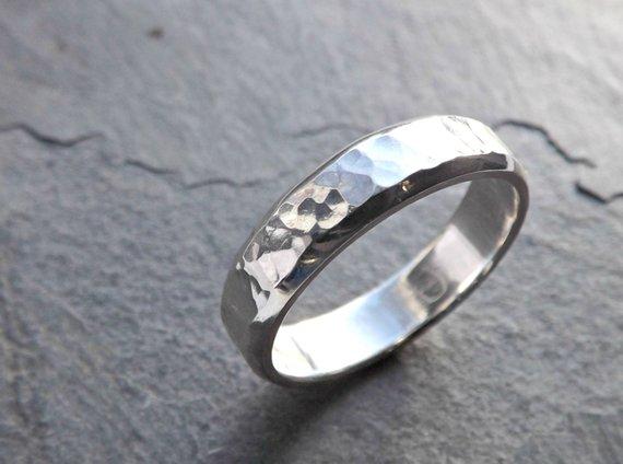 Mens Ring Silver Mens Wedding Band Men Engagement Ring Etsy Mens Silver Wedding Bands Mens Wedding Rings Rustic Wedding Rings
