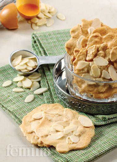 Resep Almond Tuille Variasi Kue Kering Perancis Yang Cocok Untuk Camilan Sore Hari Kue Kering Kemasan Kue Kering Kue Kering Mentega