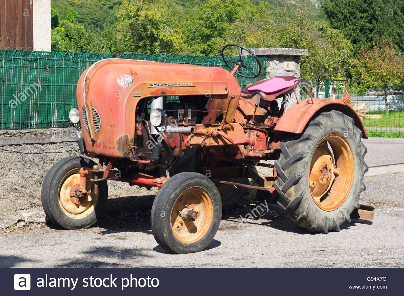 porsche diesel traktor dallas thanasis porsche. Black Bedroom Furniture Sets. Home Design Ideas