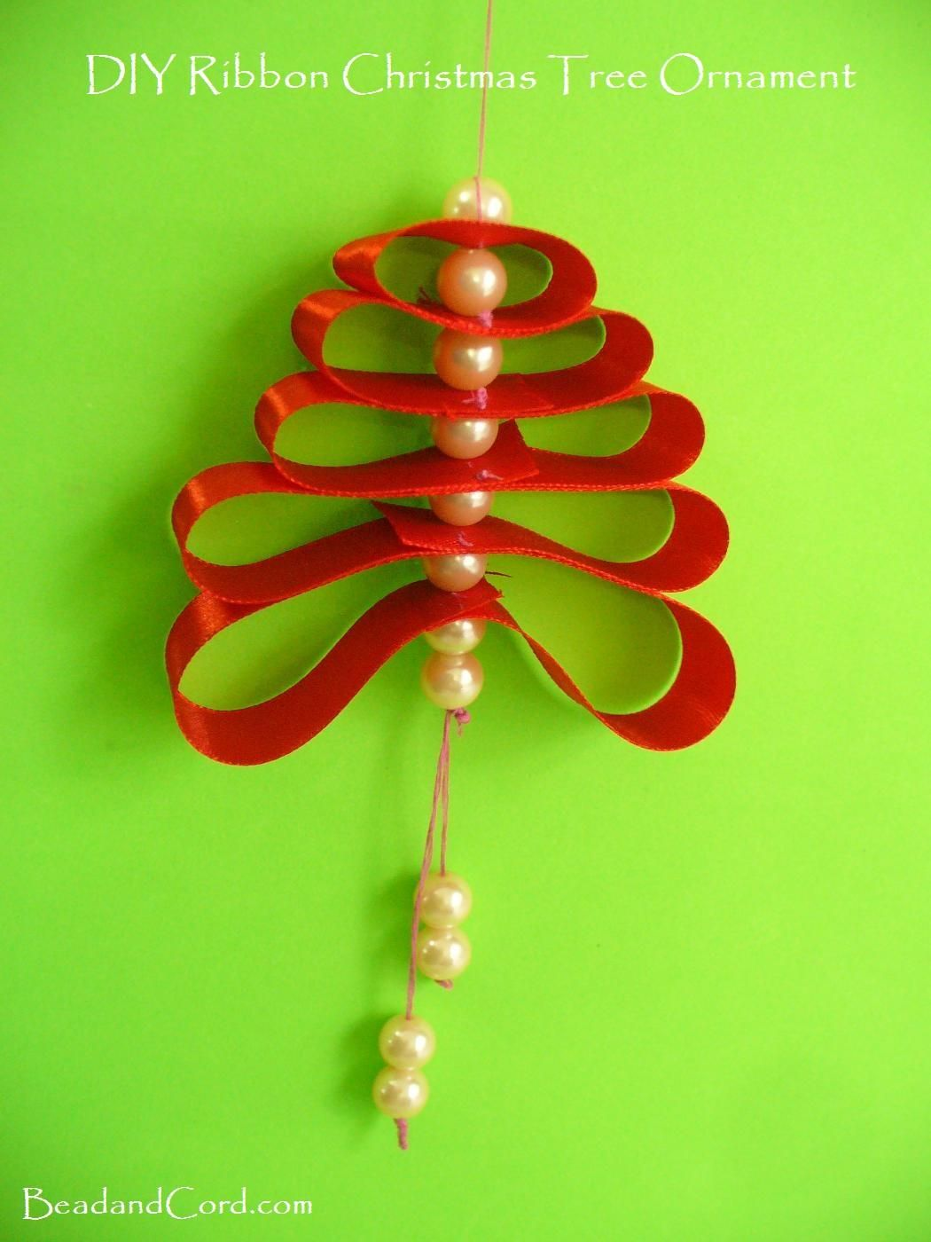 DIY Christmas Ornament - Ribbon Loop Tree