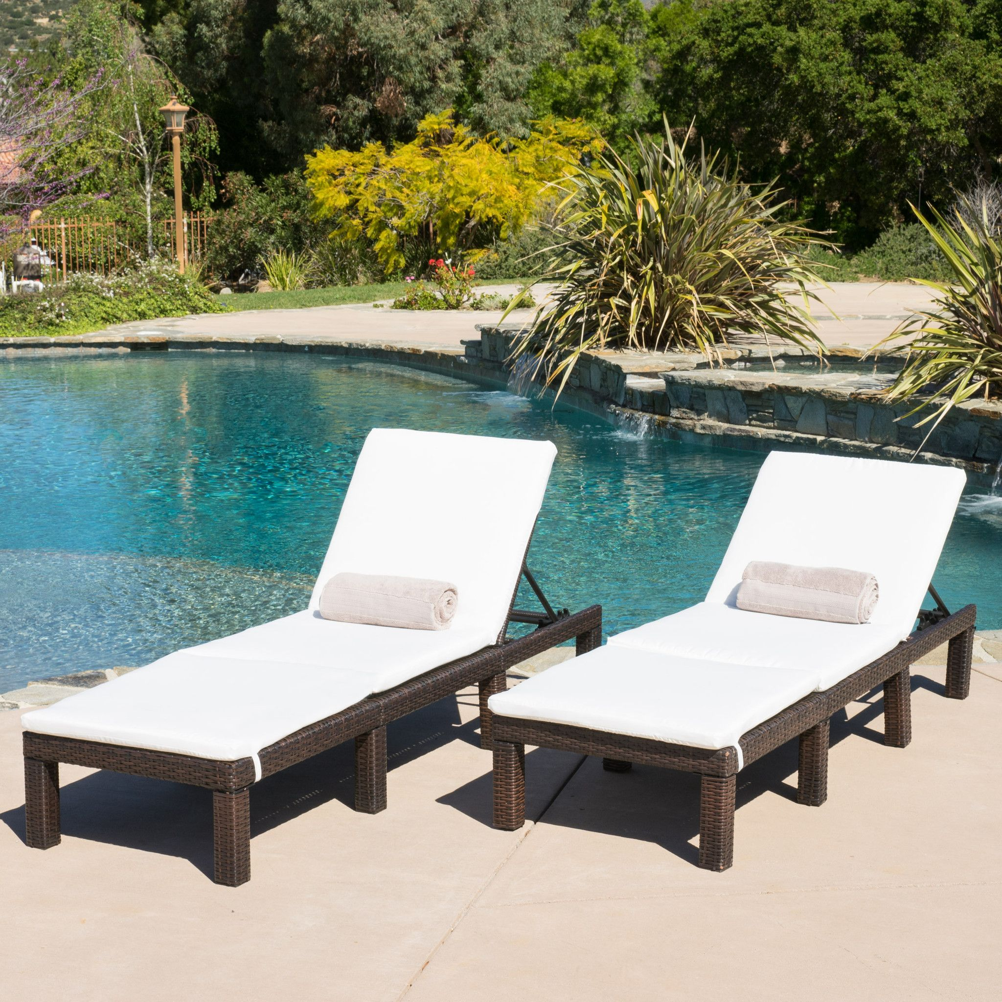 Estrella Outdoor Wicker Adjustable Chaise Lounge Chairs w