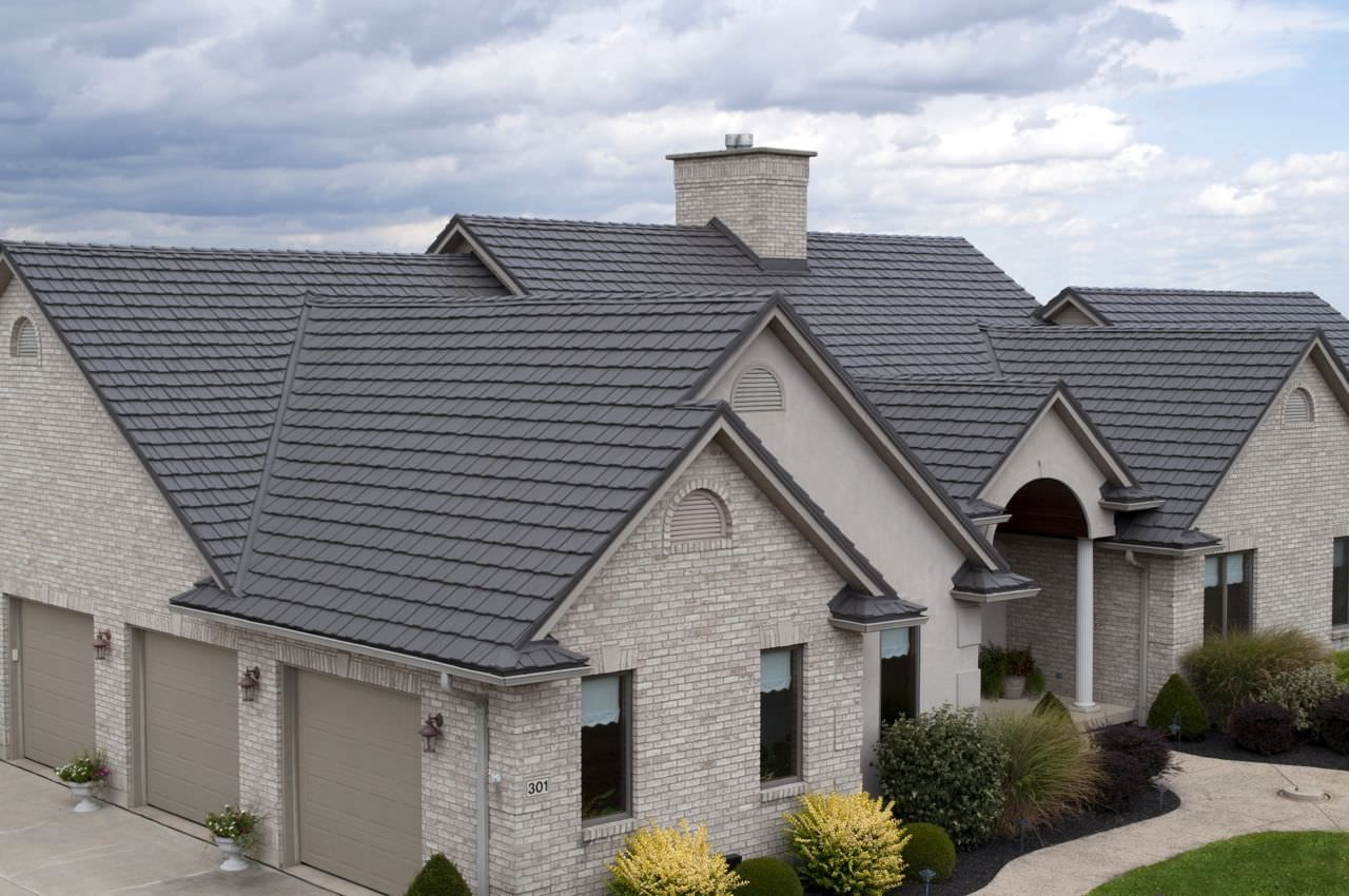 We At Guardian Roof Systems Specialize In Providing Roof Repair Services At The Best Price Our Team Has Years Of Professional Experie Residential Metal Roofing Metal Roof Metal Roofing Systems
