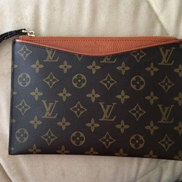 Lv Wristlet Louis Vuitton Vuitton Bag Vuitton