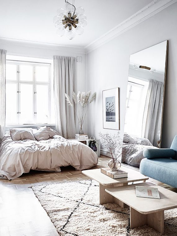 Great Small And Stylish Living Space   Via Coco Lapine Design Blog