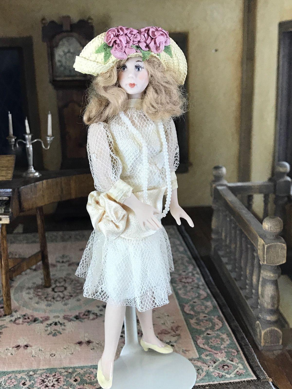 Vintage 1920/'s Wedding Miniature Dollhouse Picture