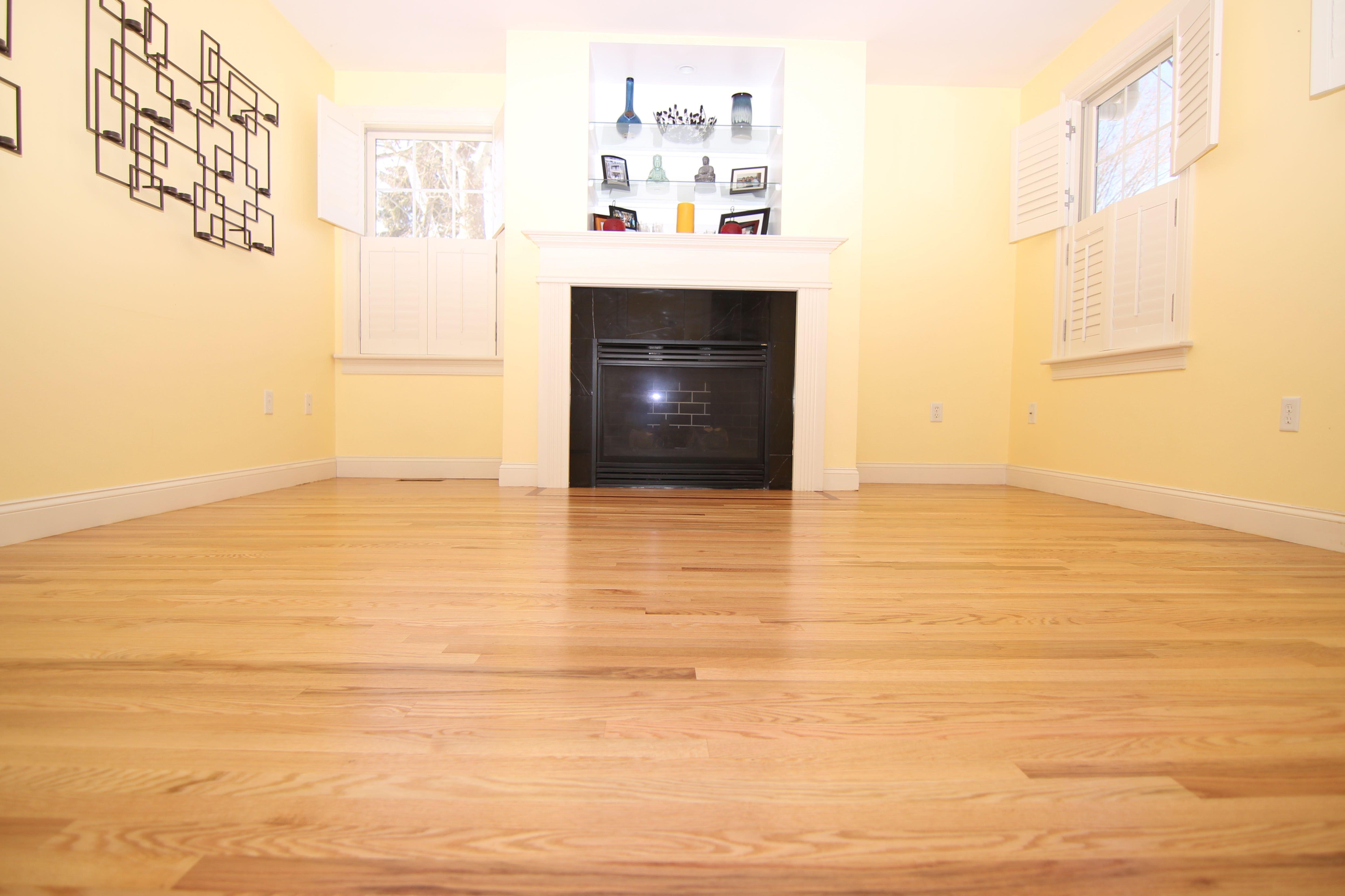 "Natural 2 1/4"" red oak hardwood flooring with Bona"