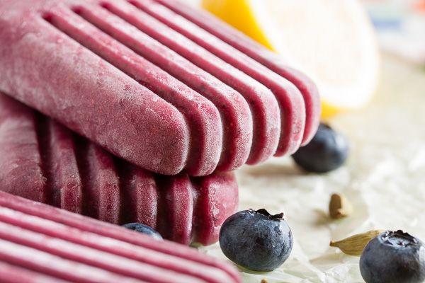 blueberry cardamom popsicles