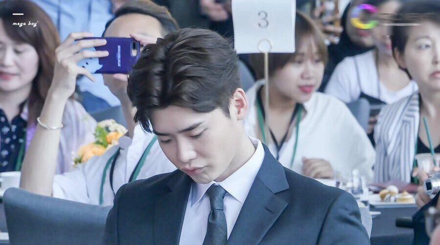 Lee Jong Suk 😘❤❤ is Official New Brand Ambassador of Korea Tourism 2017