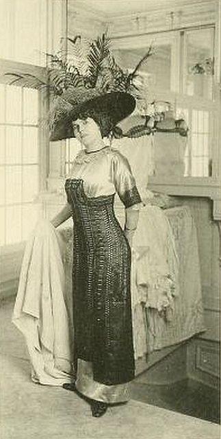 Edwardian - Les Createurs de La Mode 1910 - 30 - Galerie de Vente - Redfern