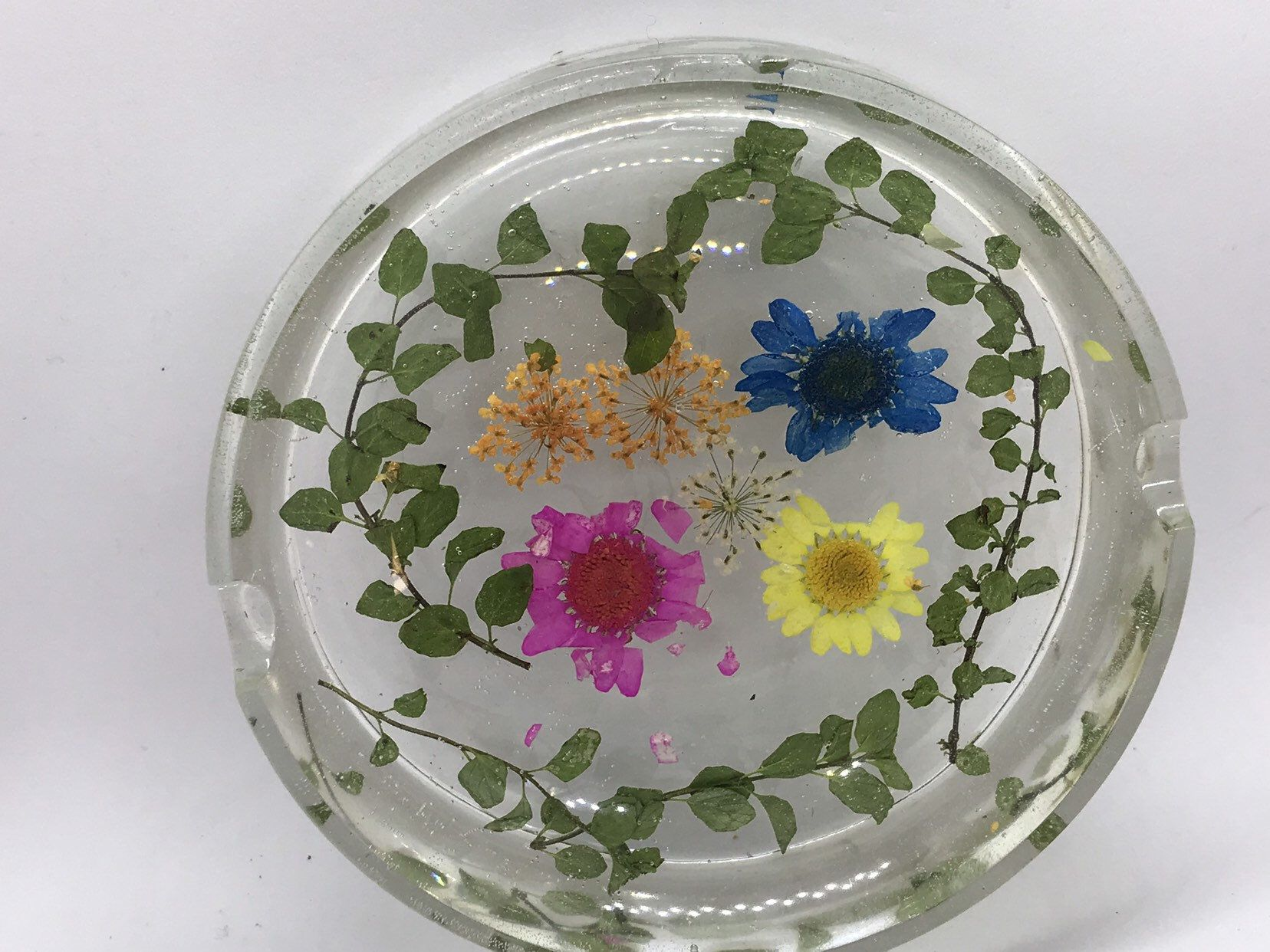 HAMSA HAND trinket ring soap dish jewelry jewellery tray fatima preserved pressed floral epoxy resin art boho decor botanical spiritual