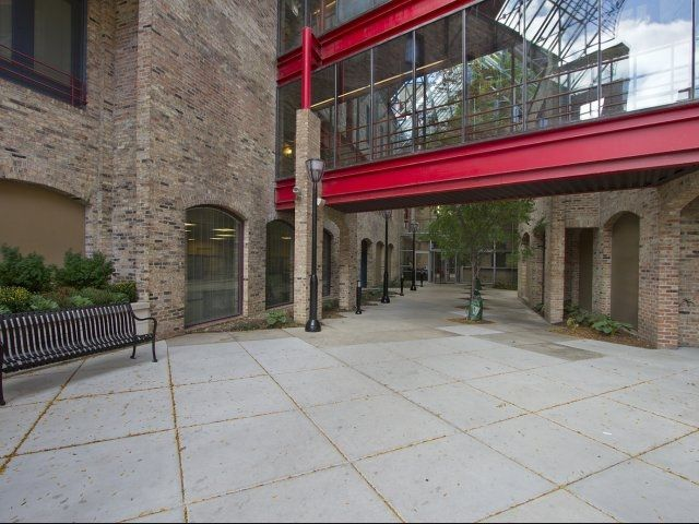 Cobbler Square Loft Apartments in Old Town Chicago. Private courtyard. Luxury ap...  Cobbler Square Loft Apartments in Old Town Chicago. Private courtyard. Luxury apartment living in C #Apartments #Chicago #Cobbler #Courtyard #Loft #Luxury #private #square #Town