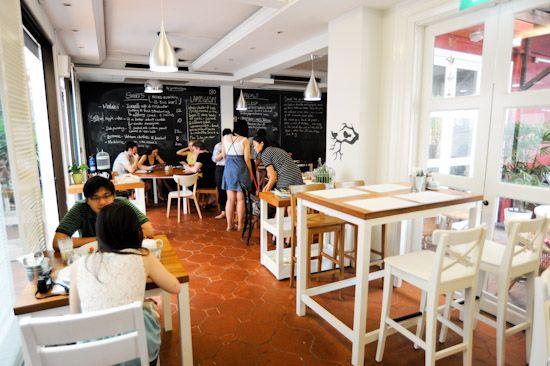 Artichoke Cafe And Bar At Sculpture Square Cafe Cafe Design Cafe Interior