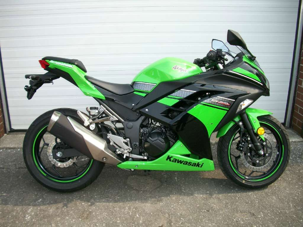 45 best images about Kawasaki Motorcycles on Pinterest  Places to