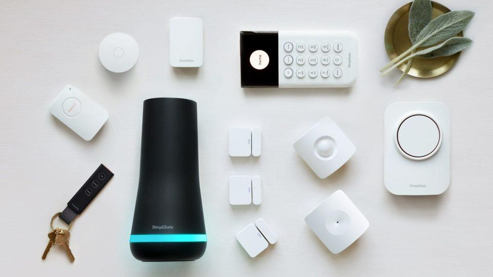 Review Simplisafe Vs Nest Secure Simplisafe Smart Alarm Wireless Home Security Systems