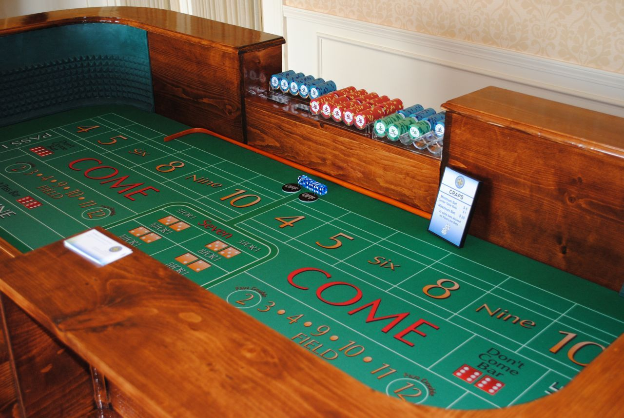 another home craps table for the home pinterest table poker rh pinterest com