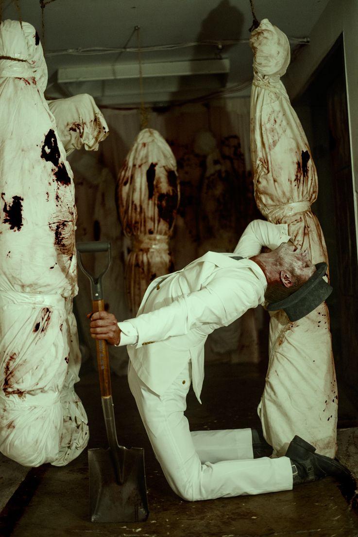darkbeautymag:  Photographer: Mckay Jaffe - I Must Be DeadModel: Gorden Ogden