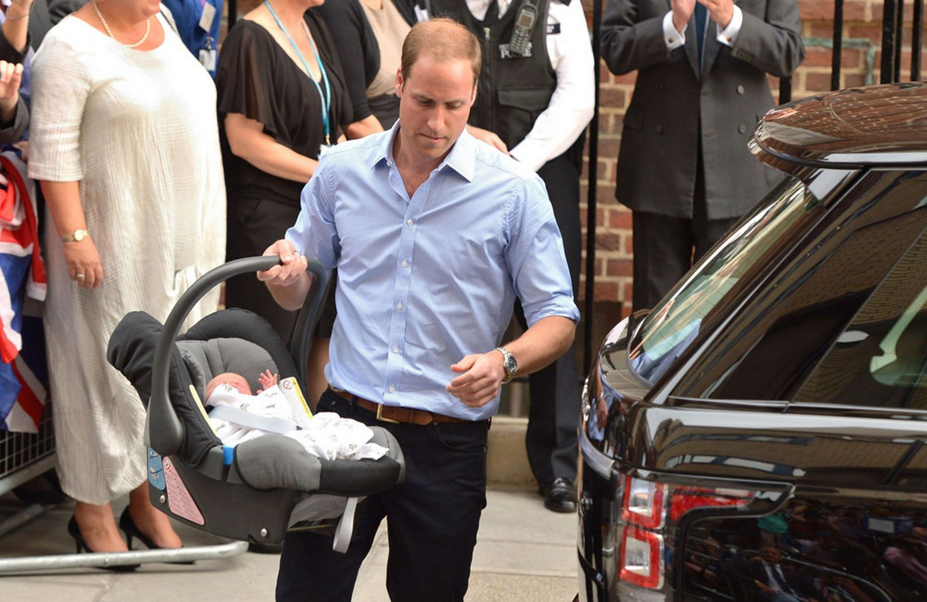 LIVE: Royal baby born - and it's a boy for Kate Middleton and Prince William - Mirror Online