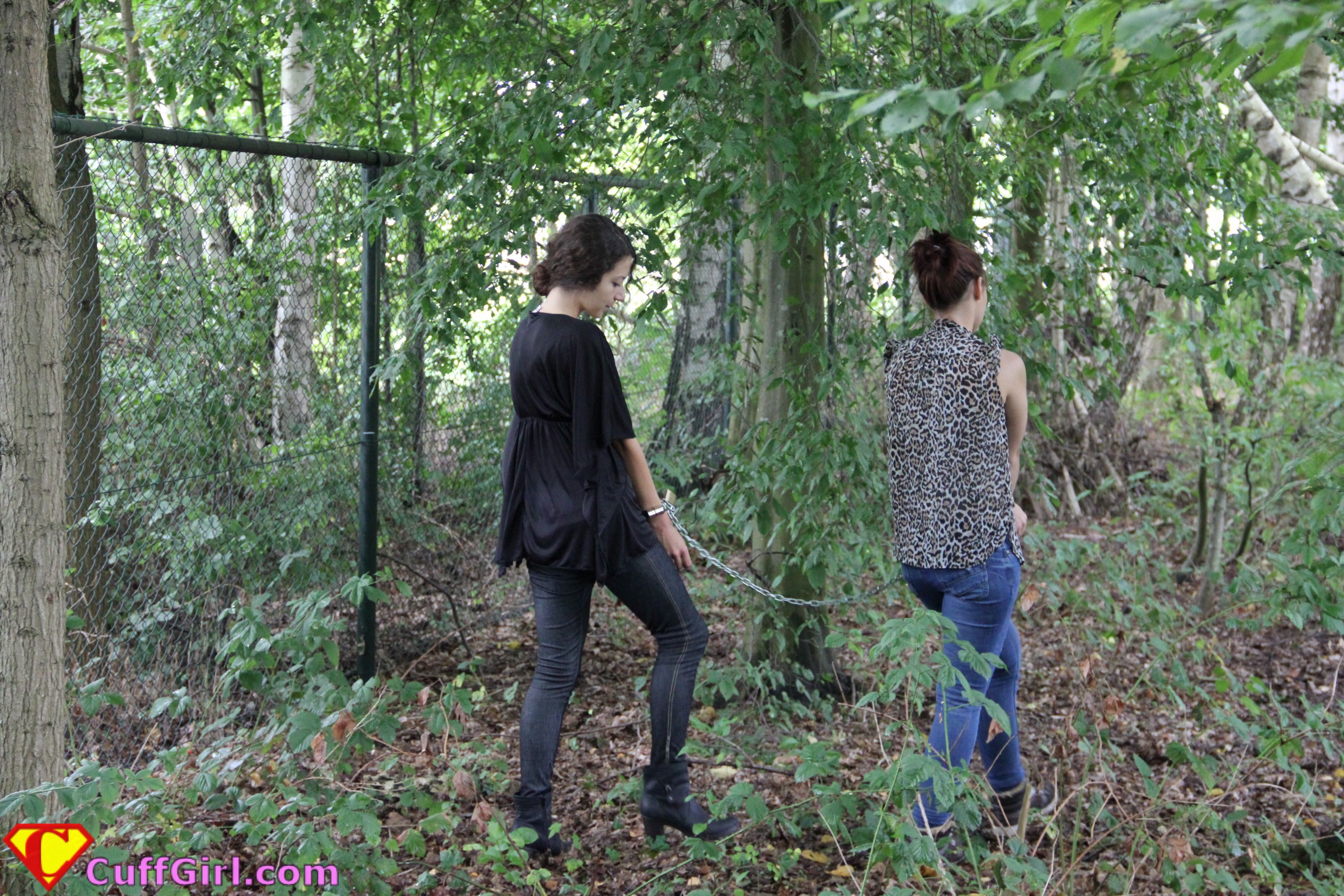 A Walk in the Woods - barefoot duchess - a personal style blog