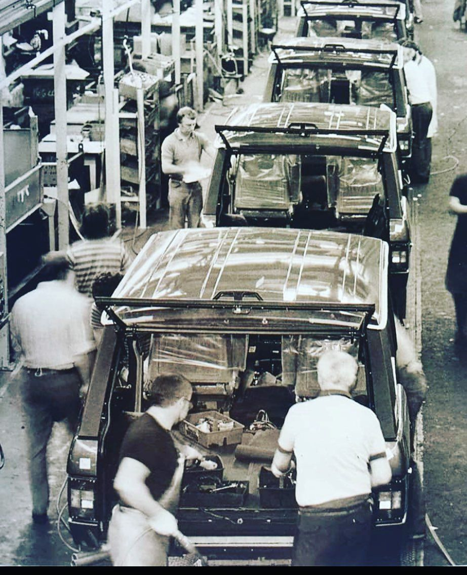 Invoguevintage On Instagram Solihull Factory In The 80 S British Carsdaily London Luxurycars Range Rover Classic Range Rover Land Rover