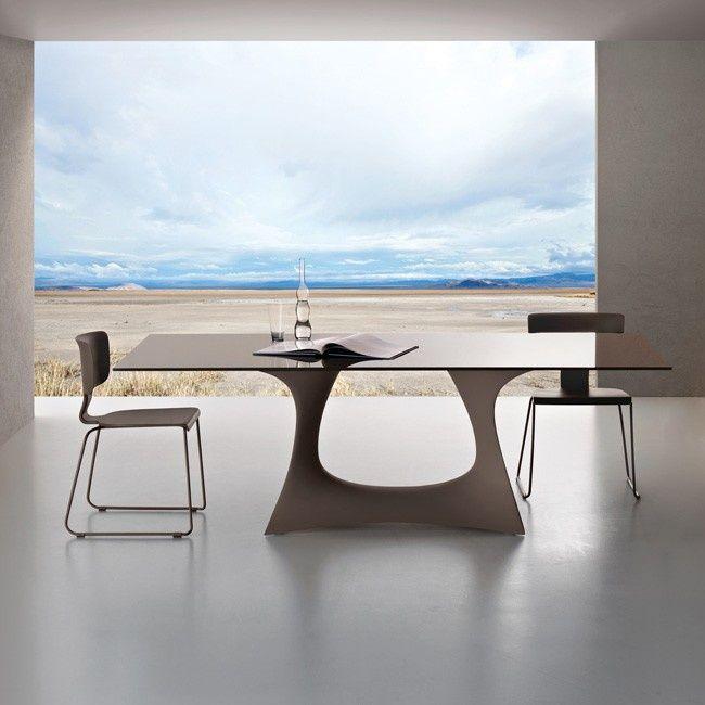 Minimalist. Modern. Contemporary. View. Window. Glass. Wall
