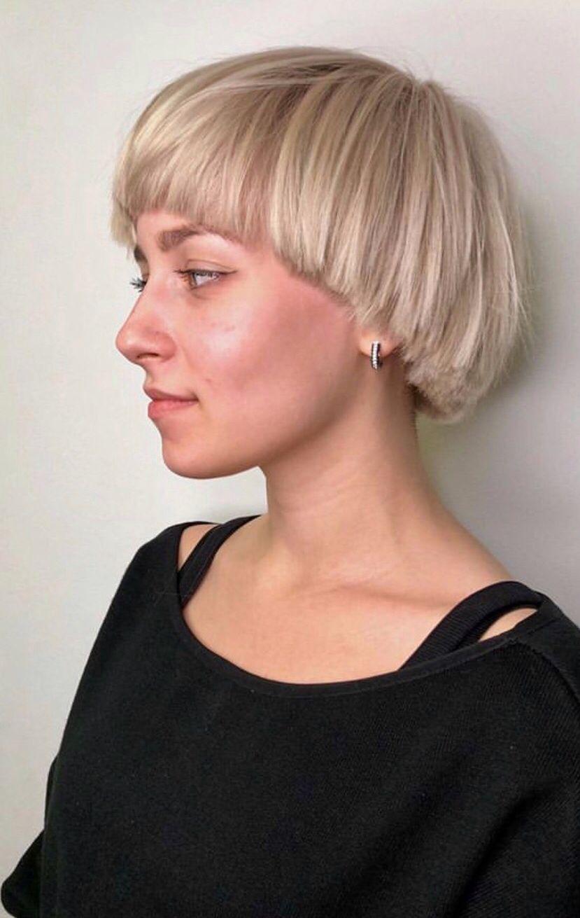 Pin By Rachel Marrs On Hair Beige Blonde Hair Mushroom Haircut Pageboy Haircut