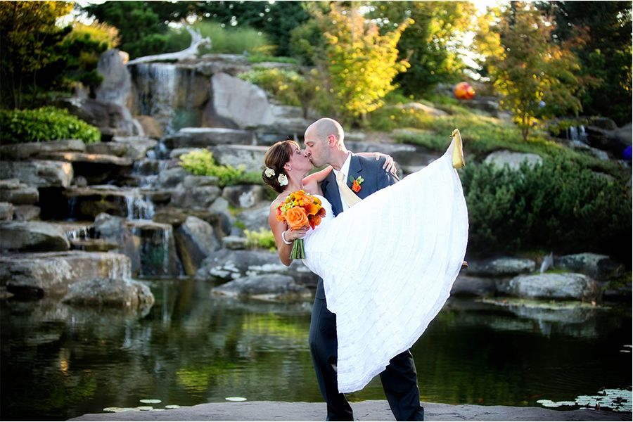 Meijer Gardens Waterfall Kiss! Weddings at Frederik Meijer Gardens. (Terri Gillis Photography)