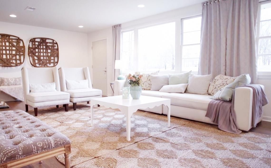 From Masters of Flip: We love, love, love how much light this room ...