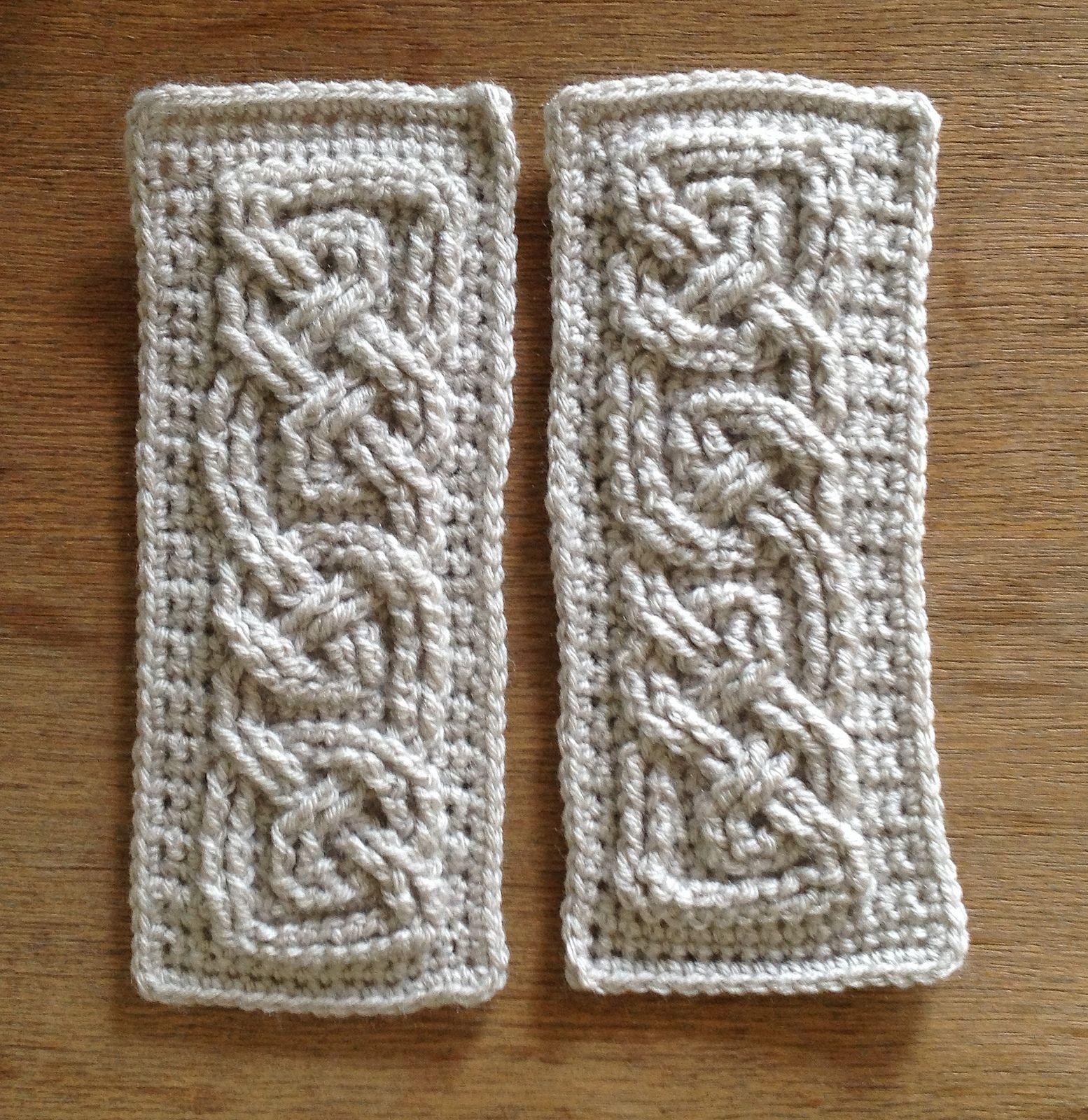 Suvi's Crochet: Book Of Kells  Small Celtic Cables