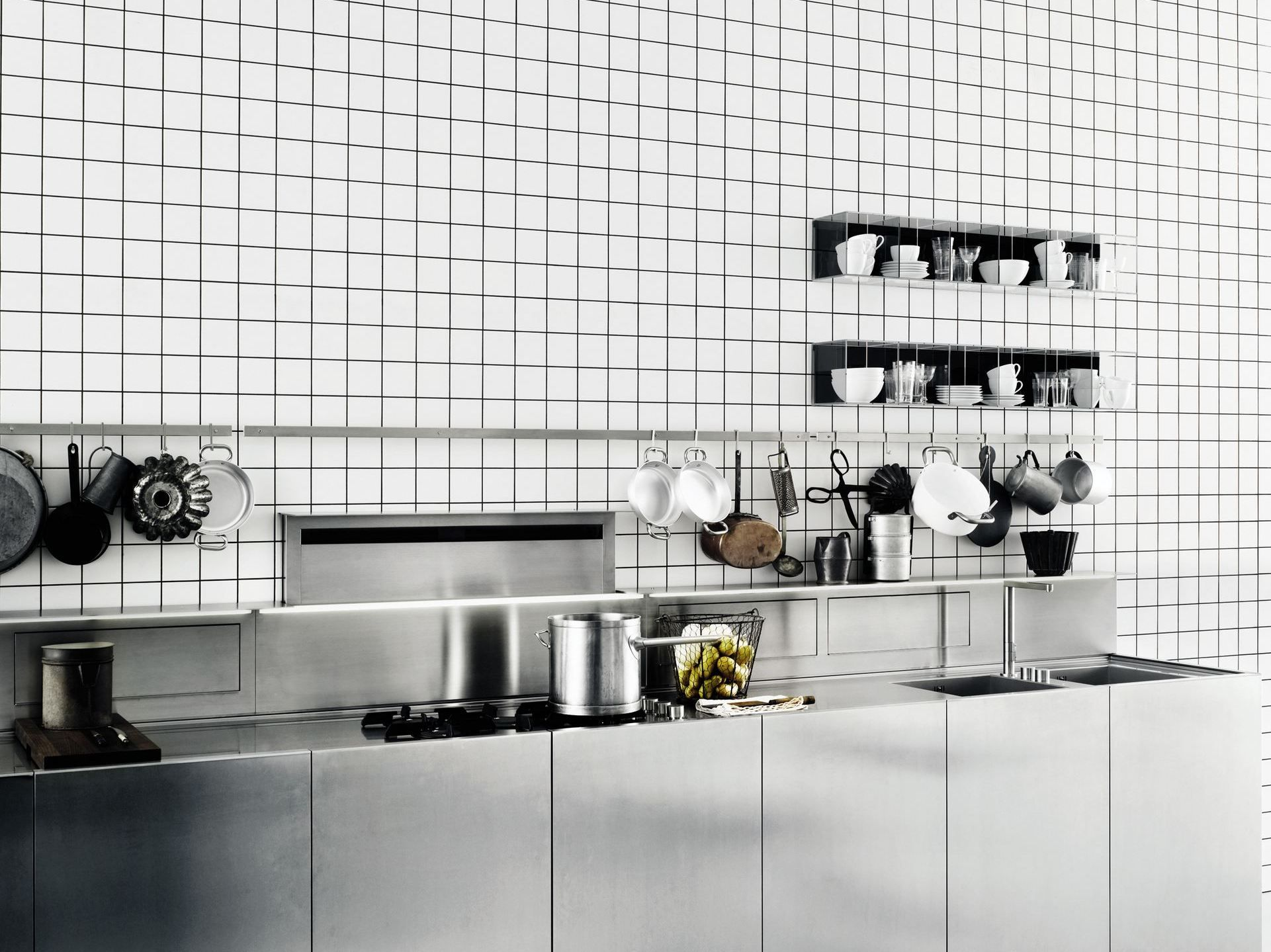 Zeilen  Küche Aus Edelstahl K20 By Boffi Design Norbert Wangen