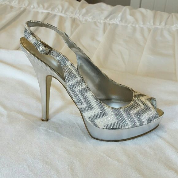 "Enzo Angiolini sparkly chevron heels. Size 8 1/2"". Like new. Silver and white sparkly upper. Chevron pattern platform. 5"" heels????Bundle and save ???? Enzo Angiolini Shoes Heels"