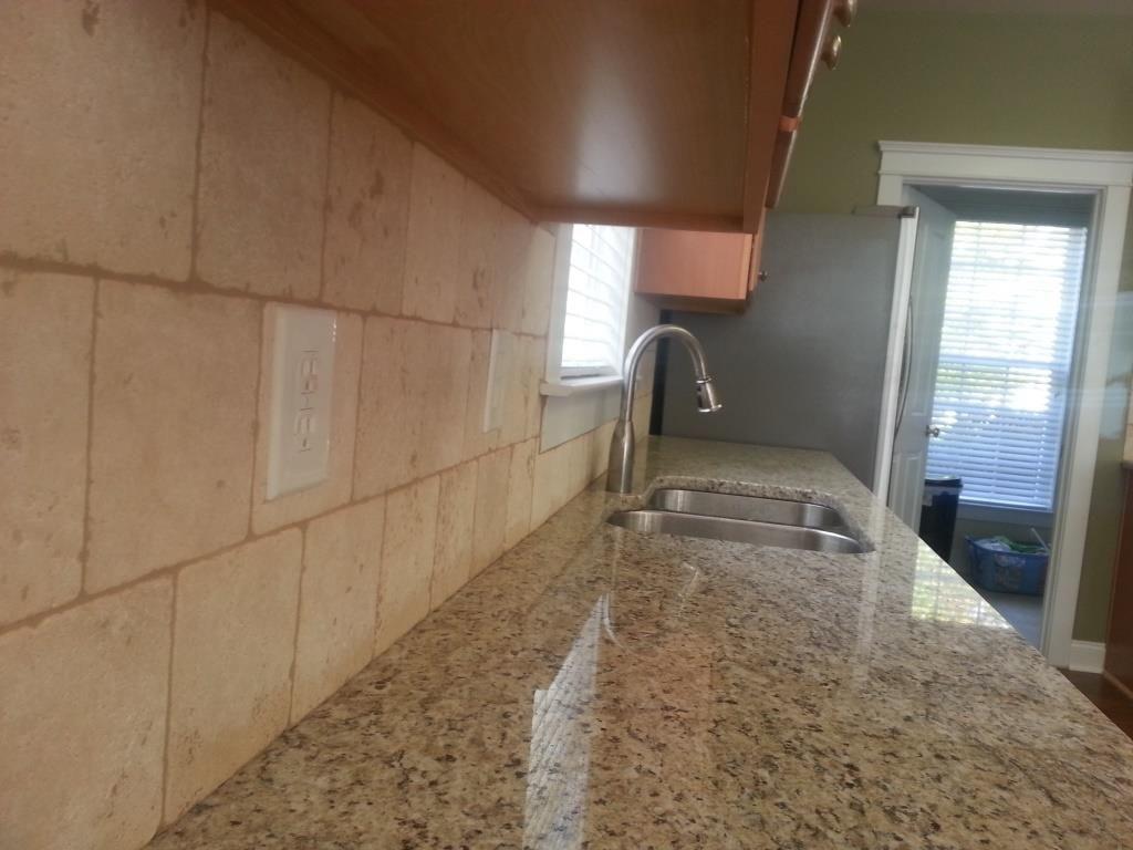 Kitchen backsplash travertine tile - Ivory Travertine Backsplash Giallo Ornamental 9 27 13 6x6 Travertine Tile Backsplash