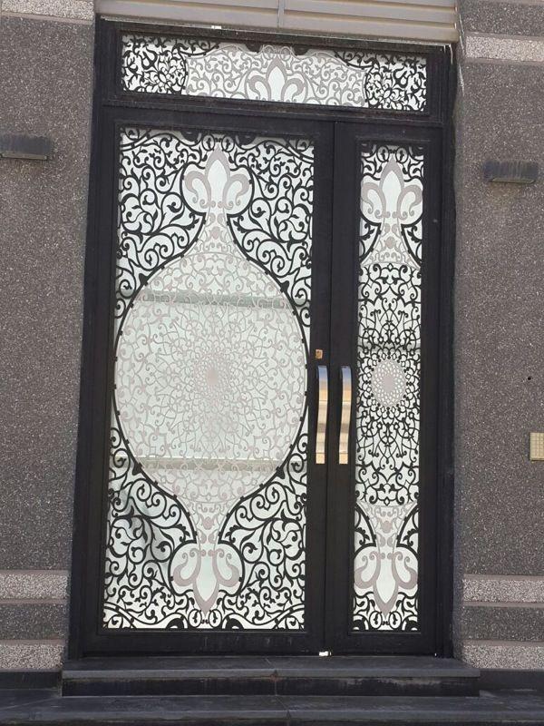 تصنيع وتوريد ابواب خشب والمنيوم وحديد Door Gate Design Gate Design Modern Front Door