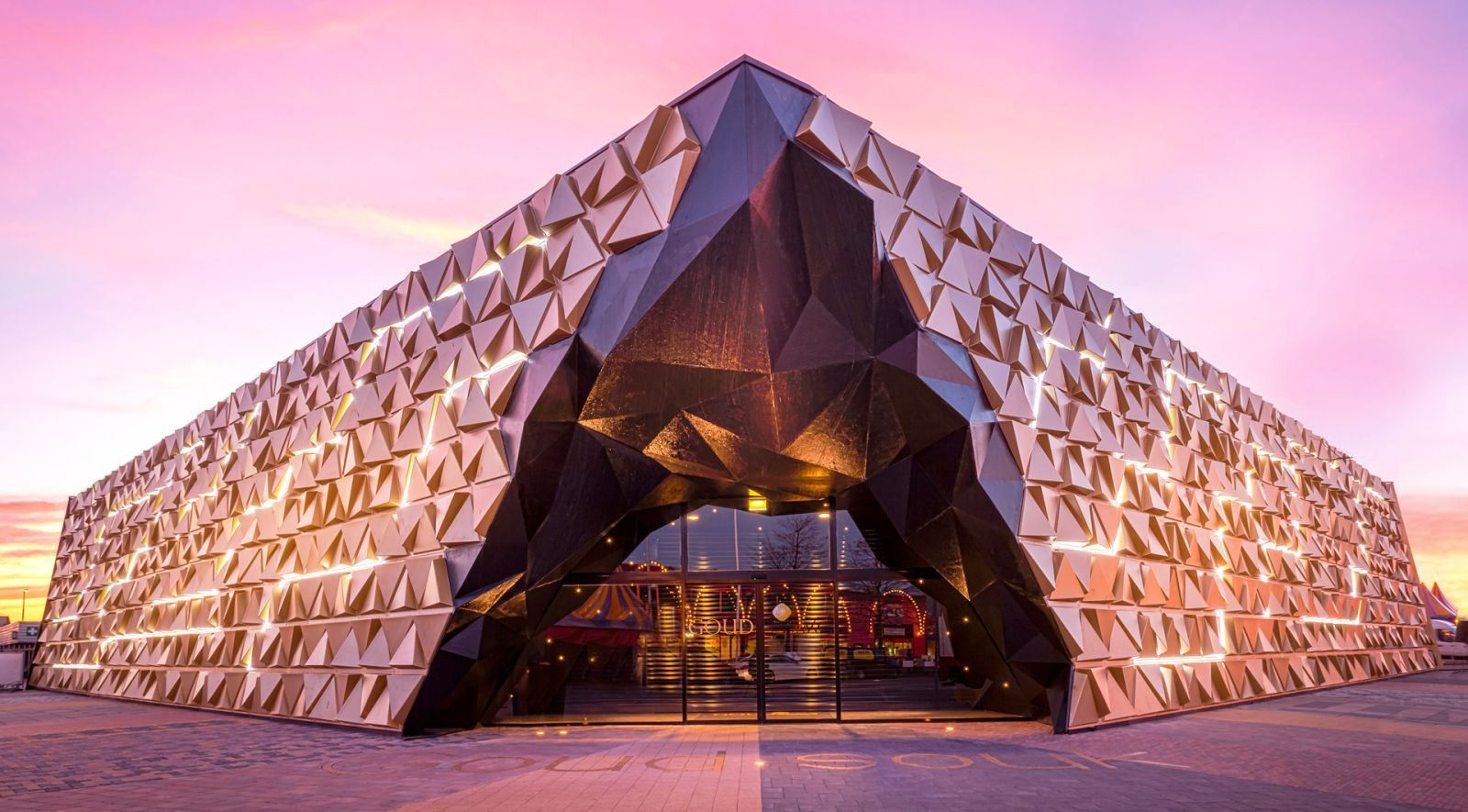 Gold souk by Liong Lie Architects