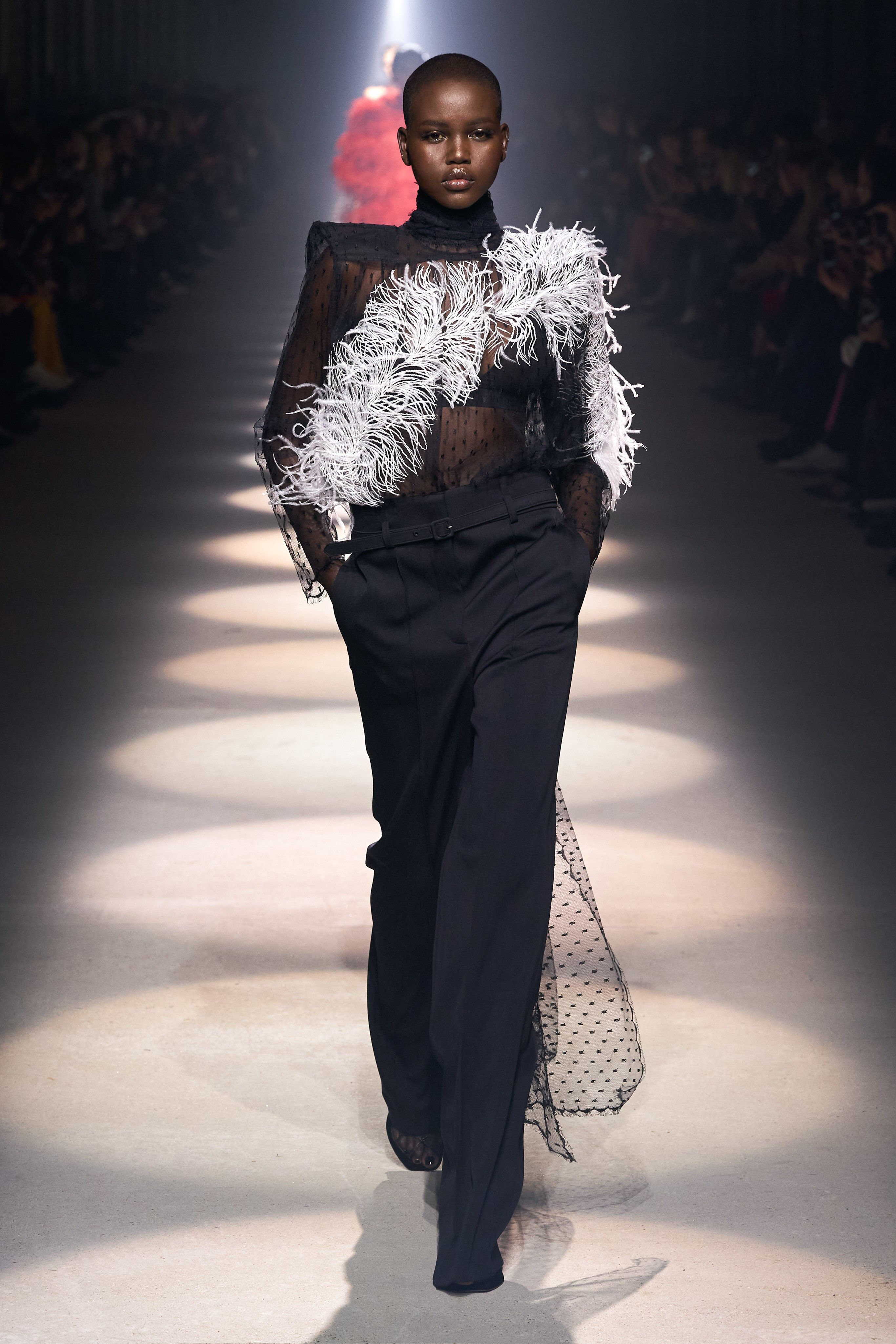 Givenchy Fall 20 Ready to Wear Fashion Show Collection   Summer ...