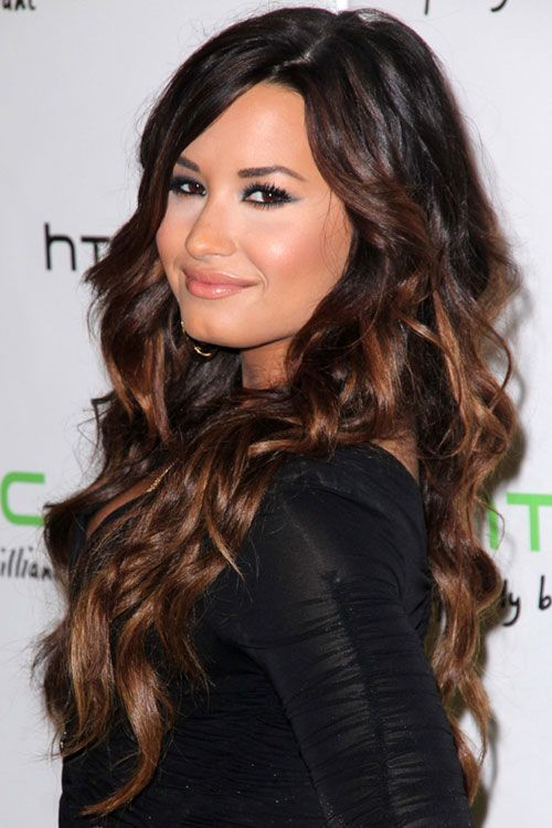 Demi Lovato Wavy Dark Brown Ombre Hairstyle Steal Her Style Brown Ombre Hair Curly Hair Styles Demi Lovato Hair